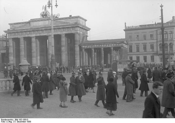 Brandenburg Gate - Berlin, 1920s