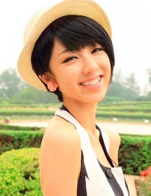 Wondrous For Women The Shorts And Woman Hairstyles On Pinterest Short Hairstyles Gunalazisus