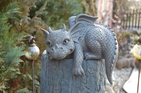 Gartenfigur Drache Kantenhocker Figur Frostfest NEU | eBay