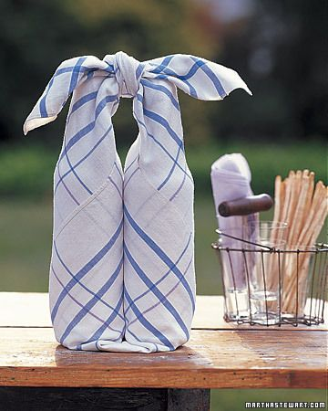 Bottle Wrap for picnics or hostess gifts