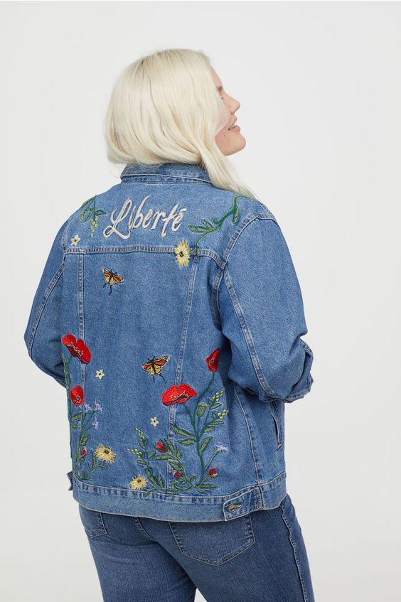 H&M+ Veste en jean brodée - Bleu denim/fleurs - FEMME | H&M FR 1