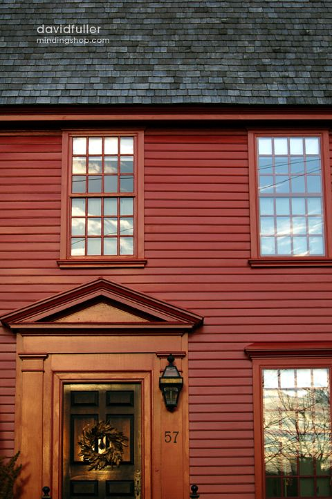 Colonial home newport david fuller photo early homes for Colonial home colors