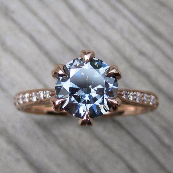 Тъмно сив мозаичен и диамантен годежни пръстен.  С бижута на Кристин Ковчег
