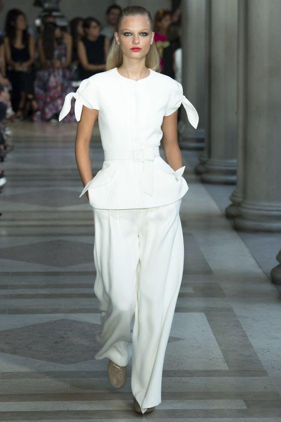 Carolina Herrera Spring 2017 Ready-to-Wear Fashion Show - Frederikke Sofie