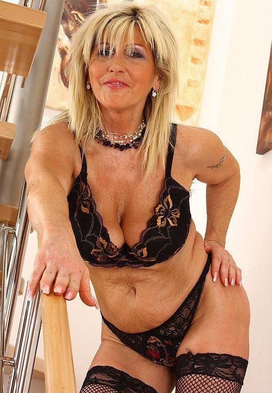 patricksburg milf women Daily updated free mature porn videos for older women lovers free porn: granny, british, mature anal, mature, mom, amateur, solo, handjob, wife, blonde, hairy, threesome, homemade, lesbian, stockings and much more.