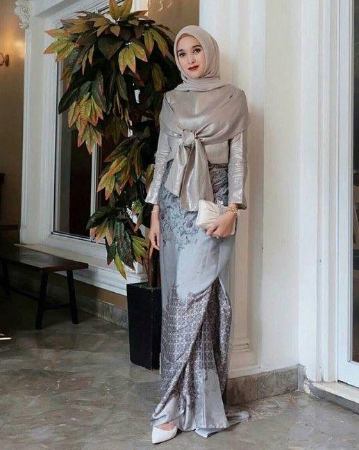 50 Koleksi Model Baju Gamis Brokat Kombinasi Batik Terkini