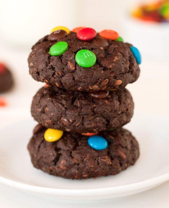 100% Whole Wheat Chocolate M Cookies | texanerin.com