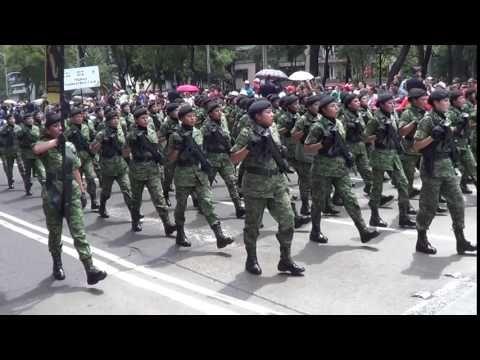 DESFILE MILITAR PARA CONMEMORAR LA INDEPENDENCIA DE MÉXICO