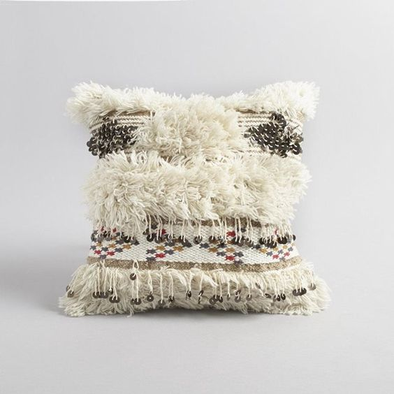 Chic and mobiles on pinterest - Housse de coussin ethnique ...