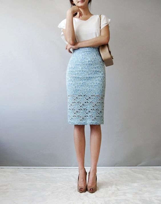 sky blue and black back zip flower pattern lace midi skirt