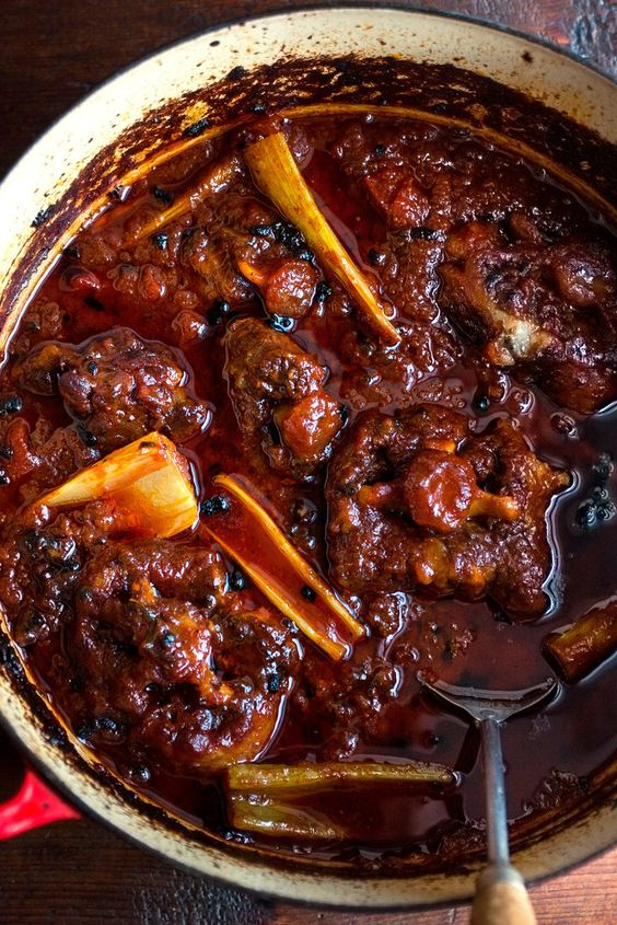 Oxtail Braised With Tomato and Celery (Coda Alla Vaccinara)