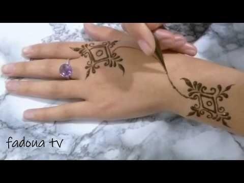 صور نقش الحناء Hand Henna Print Tattoos Simple Mehndi Designs