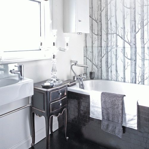 bathroom inspiration | Mochatini via dwellingsanddecor.tumblr.com