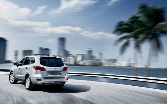 Hyundai Santa Fe SUV Wallpaper
