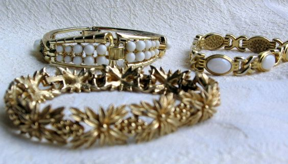 '3 Vtg bracelets gold tone and white' is going up for auction at  2pm Wed, May 1 with a starting bid of $20.