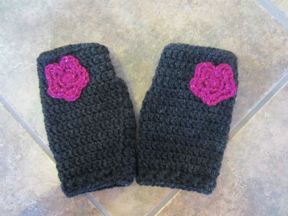 Fingerless mitts with a pink flower