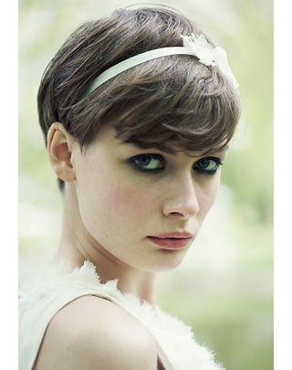 Brautfrisuren: Haarstyling für die Hochzeit - BRIGITTE.de
