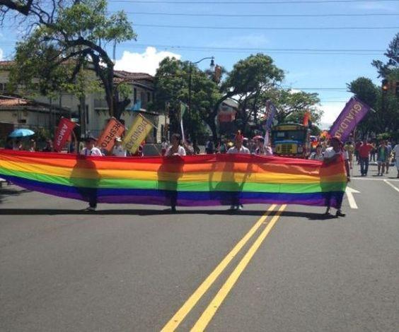 Cientos celebraron en San José el Día del Orgullo Gay