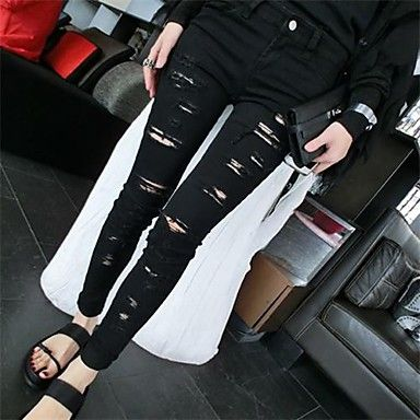 Women's Skinny Denim Pants. Some black sandals and boom!!! Awesome look!