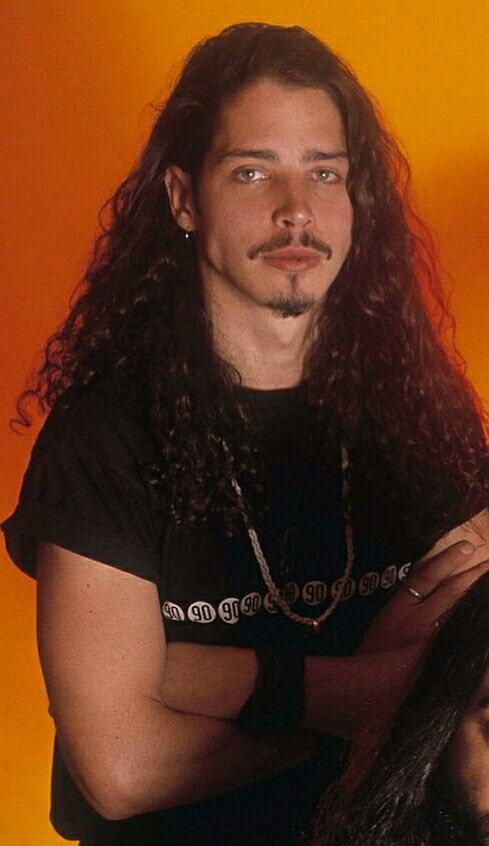 Pin By Kaylie Howard On Chris Cornell Chris Cornell Young Chris
