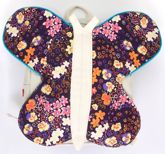 Mochila Fantoche Borboleta Amor Perfeito  http://www.forrozinho.com.br/mochila-fantoche-borboleta-amor-perfeito.html