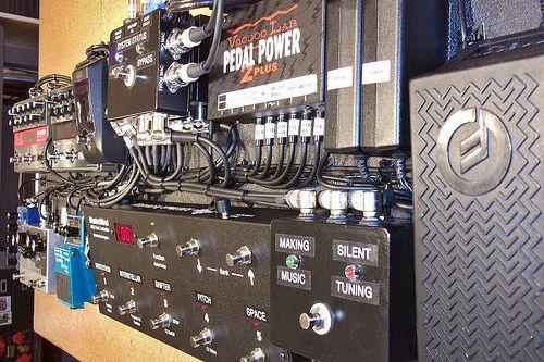 Fantastic pedals - a look at St. Vincent's custom stompbox rack.