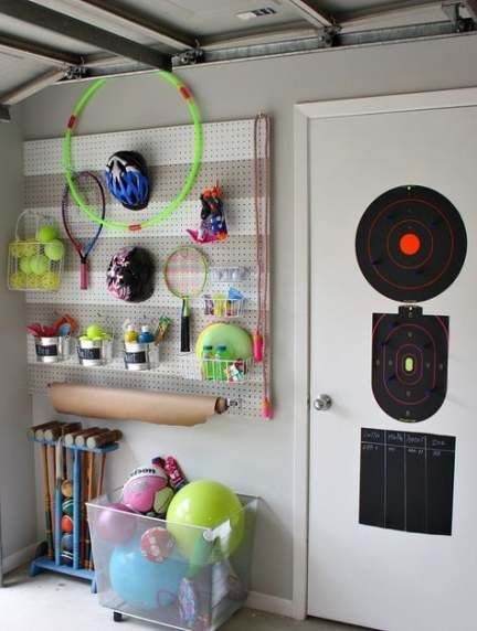 Storage Garage Storage Lockers Garage Storage Lockers Sports Equipment 23 Ideas Garage Schranke Sportgerate In 2020 Pegboard Garage Lochwande Outdoor Spielzeug