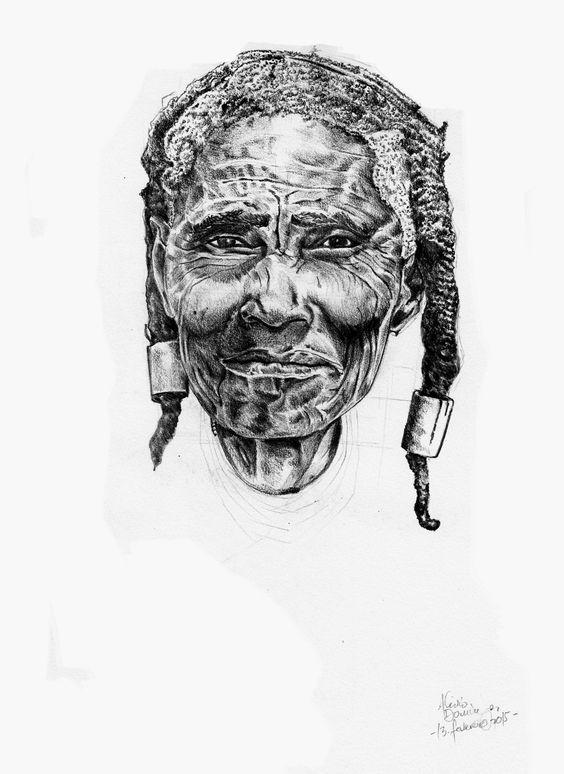 Velha Angolana / Angolan Old ladie Desenho a Lapís sobre Papel Por: Alívio Cracker 2015
