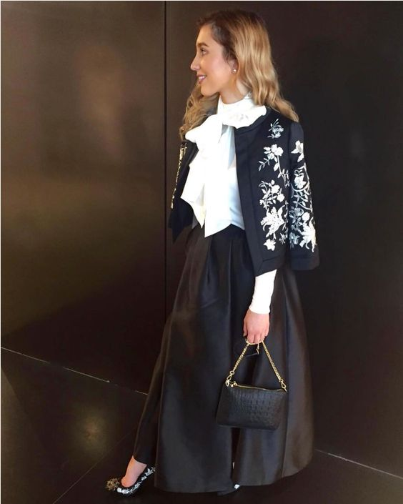 SHOP AW16: Agent @helebs making a statement in bold black and white lace…