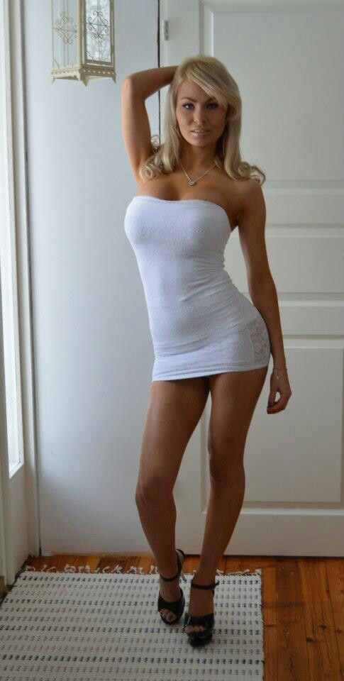 Milf in sexy clothes tight skirt and
