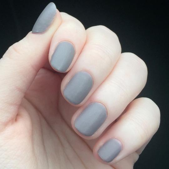 <3  #nails #nailart #fashion