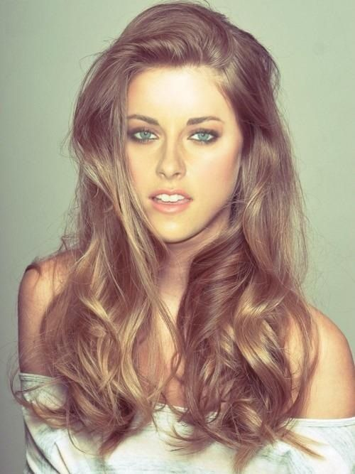 If I ever get the courage to dye my hair, this is the direction I'm going.  Sun kissed ☀
