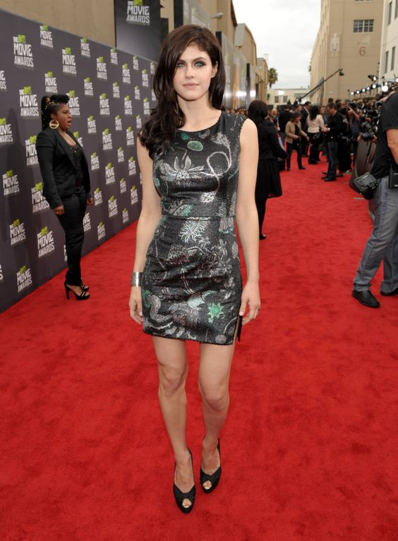 IMAGE DISTRIBUTED FOR MTV - Actress Alexandra Daddario arrives at the MTV Movie Awards in Sony Pictures Studio Lot in Culver City, Calif., on Sunday April...