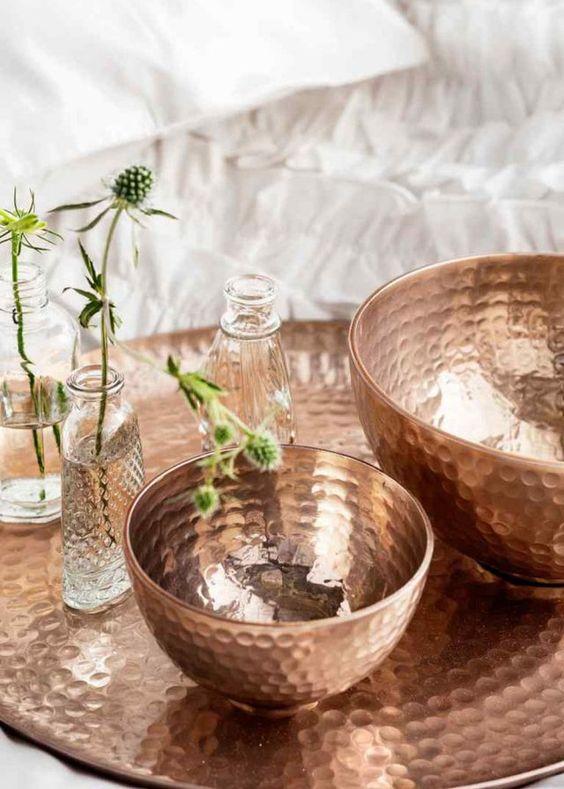 Du cuivre sur les accessoires de décoration