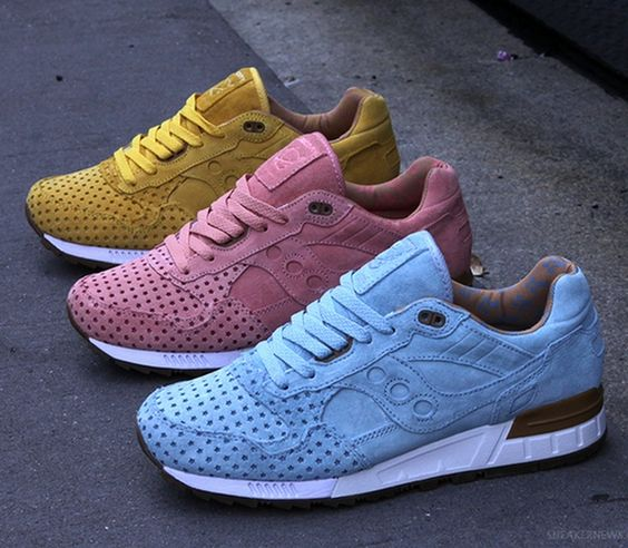 """Play Cloths x Saucony Shadow 5000 - """"Cotton Candy Pack"""""""
