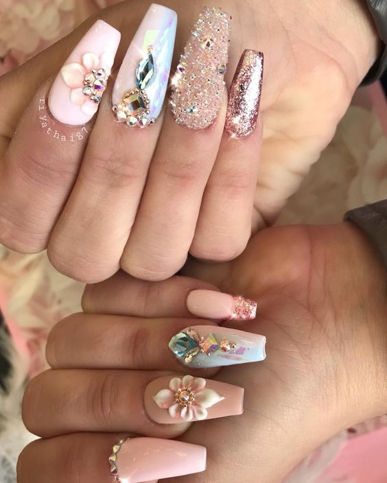 The Newest Acrylic Nail Designs Are So Perfect For Fall And Winter Hope They Can Inspire You And Read The Article To G Gorgeous Nails Nail Designs Bling Nails