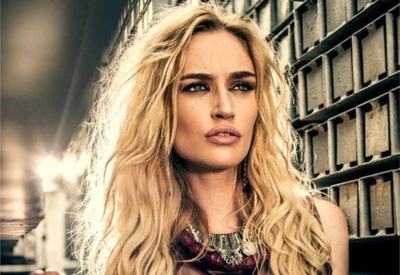 Viviane Orth - modelo - Toledo/PR