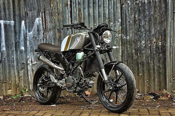 KTM Duke 200:: Studio Motors. | 8negro