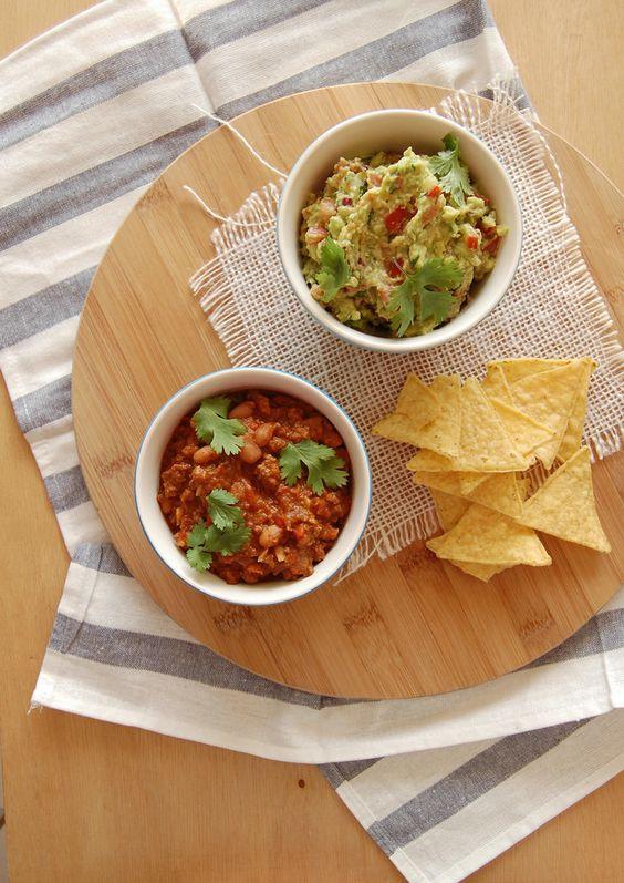 Technicolor Kitchen: Chilli con carne, guacamole e sendo metida