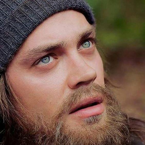 "Paul ""Jesús"" Rovia B18c4218aa7ea81021e88ffafc412d62"