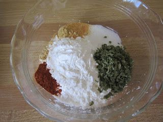 Blog with over 200 homemade seasoning and baking mixes