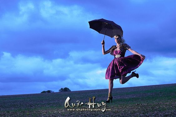 Lyvia the modern Mary Poppins by Quoc-Huy, via Flickr