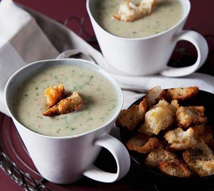 Kartoffel-Spinat-Cremesuppe mit Croûtons