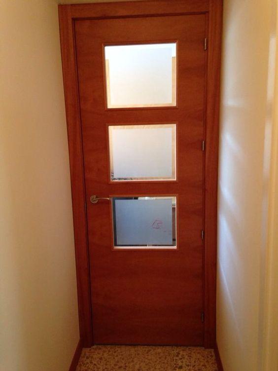 Modelo praga wa 4 3 con cristal bisel mate en madera de for Puertas acristaladas interior