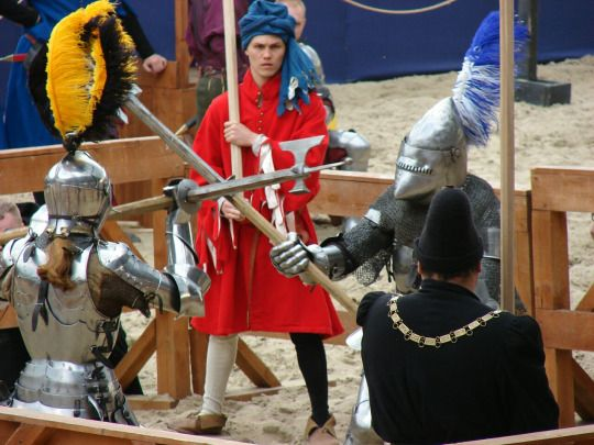 Hyer begynneth thystorye of Reynard the Foxe—Tournament of St. George, Moscow