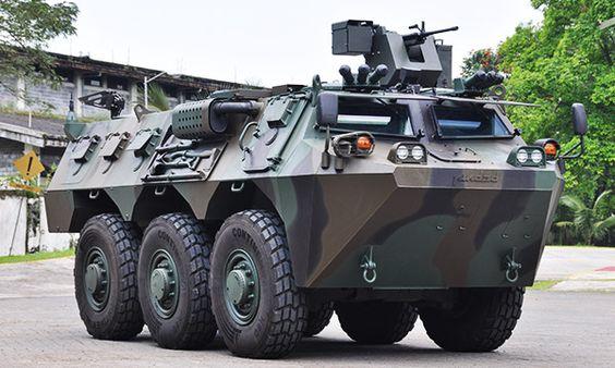 Made In Indonesia Anoa 6 X 6 Rcws Winch 6 Ton Pioneer Set Pemadam Kebakaran Penyejuk Udara Toolkit Pengemudi Lamp Kendaraan Militer Tank Militer Militer