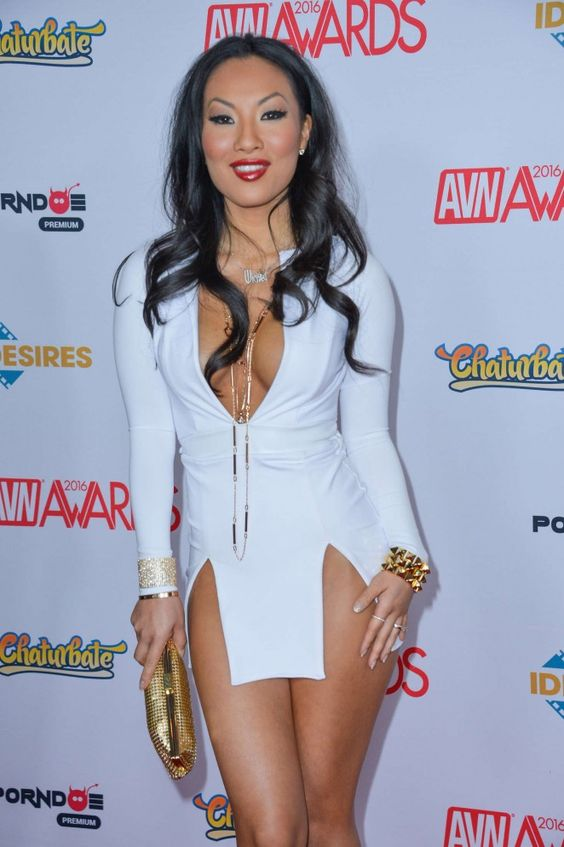 Akira Avn So Bob Beautiful Women Models Awards