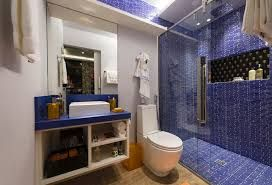 Resultado de imagem para banheiro madeir pastilha granito