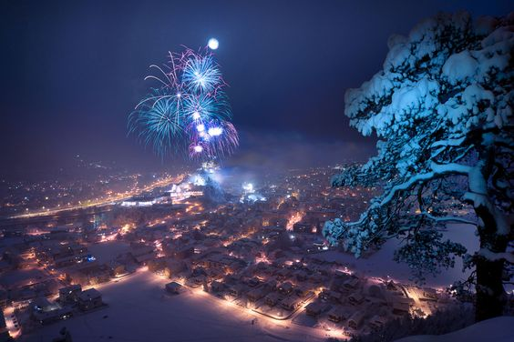 happy new year by Stefan Thaler, via 500px