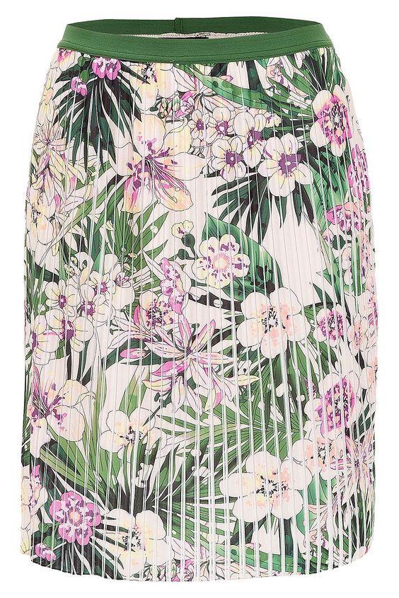 Trendiger Plisseerock von MORE & MORE mit raffiniertem Flowerprint auf feiner Jersey Qualität. Material: 100% Polyester. Futter: 100% Polyester...